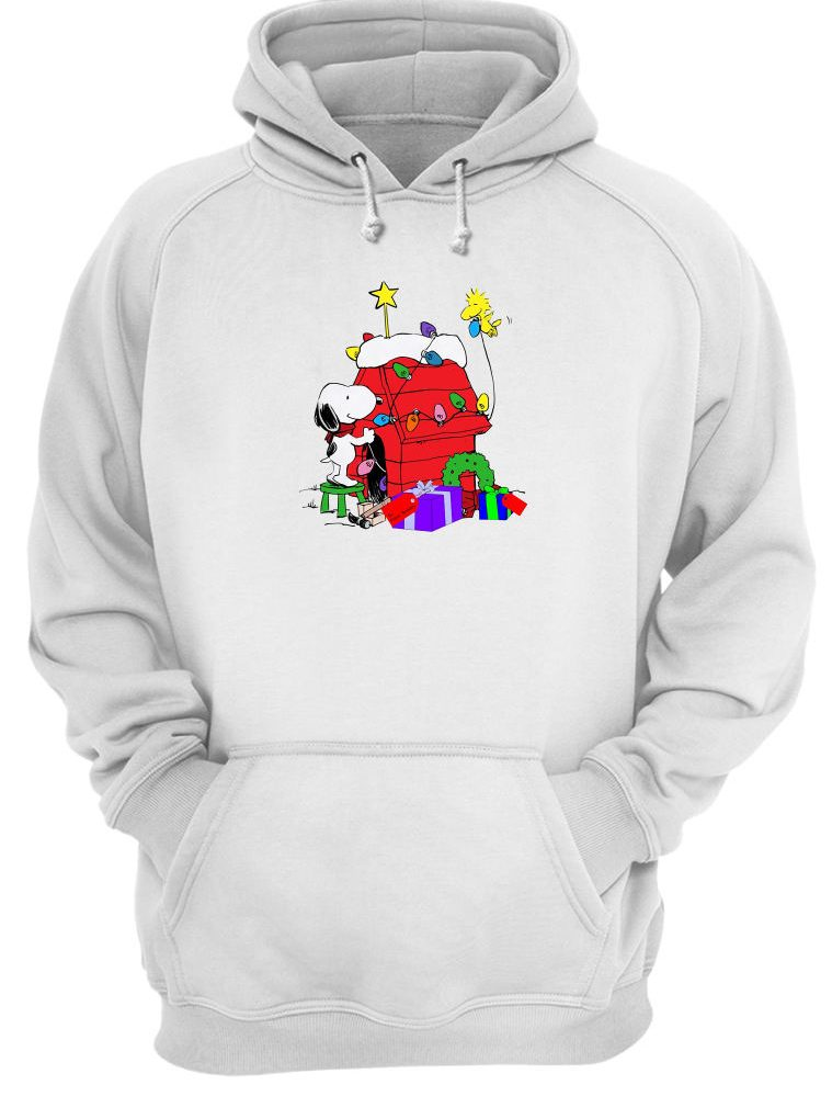 Snoopy decorations Woodstock's home shirt hoodie